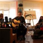 """El club cultural El Cercano, en Orense, acoge la II muestra de pintura """"Solidarios x Amor al Arte"""", organizada por Aulas Abiertas en favor de sus comedores escolares en Perú"""