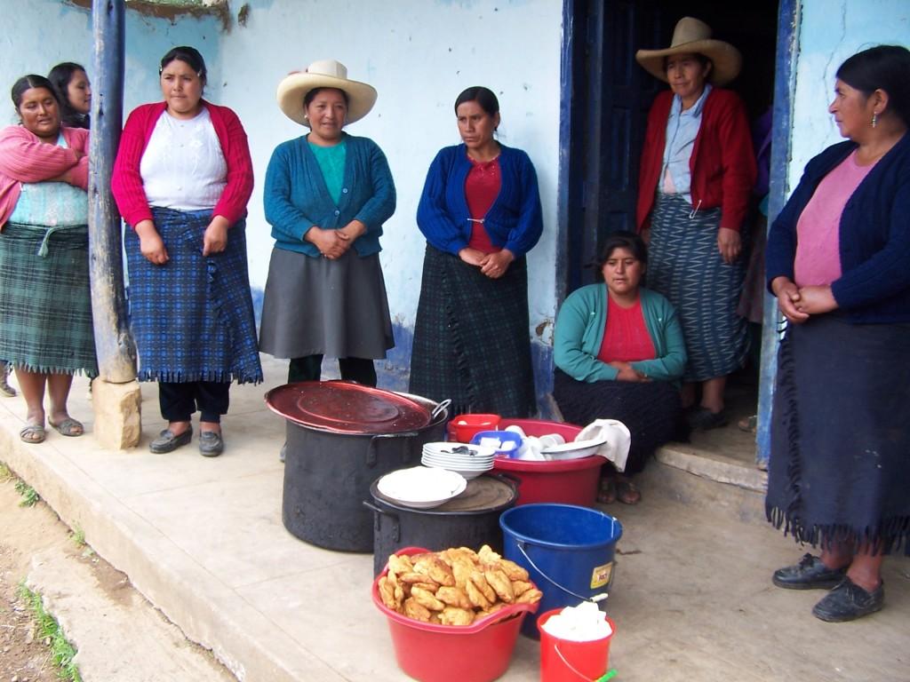 Mamás de alumnos del proyecto Aulas Abiertas